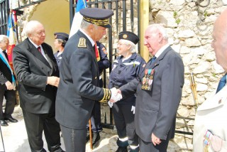 M. le maire de Marseille, le préfet de région et M. de Miol Flavard