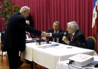 felicitation de M. Lanvers, président de la section Languedoc nord