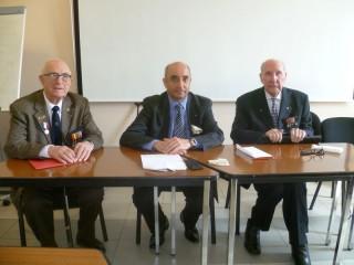M. Hervé Gourio, directeur de l'ONAC entouré de Michel Serves et Jean de Miol Flavard